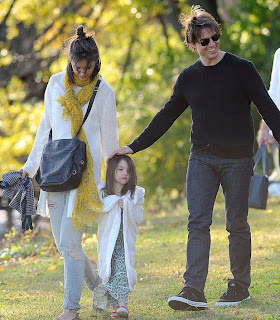 Suri Cruise with tom and katie