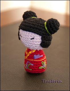 Kokeshi En Amigurumi : Traster?n: marzo 2012