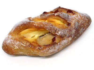 カンパーニュクランベリー&チーズ | BOULANGERIE ASANOYA(ブランジェ浅野屋)