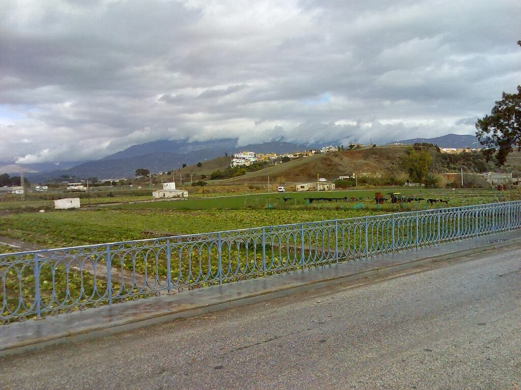 http://www.panoramio.com/photo/103404760
