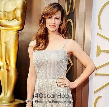 Oscars 2014 fashion red carpet mom blogger jennifer garner