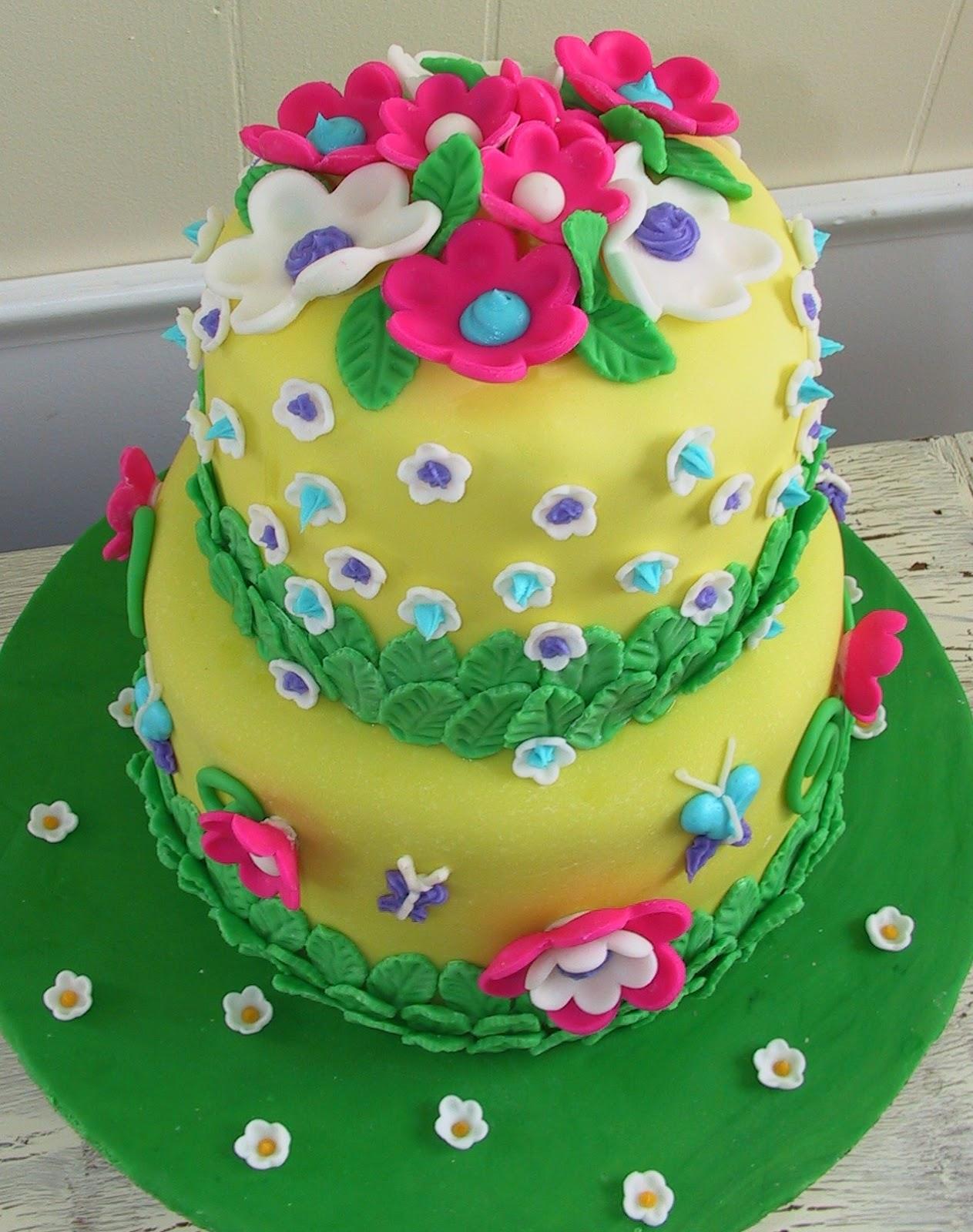 Cake Decoration For Birthday : Delicious Cake Blogger: Flower Birthday Cake Ideas