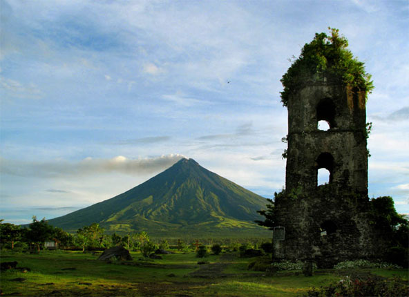 Issues Top 10 Philippines Natural Tourist Destination