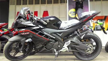 warna terbaru Yamaha R15 2015