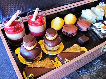 Death by Afternoon Tea: Jean Paul Hévin Chocolate Afternoon Tea Set ...