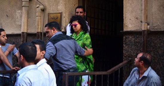 الراقصة برديس وشاكيرا استمرار حبسهم 15 يوما بتهمة التحريض على الفسق ونشر الرذيلة