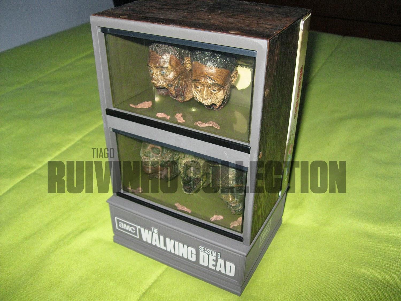 Movie predator the walking dead zombie head fish for Zombie fish tank