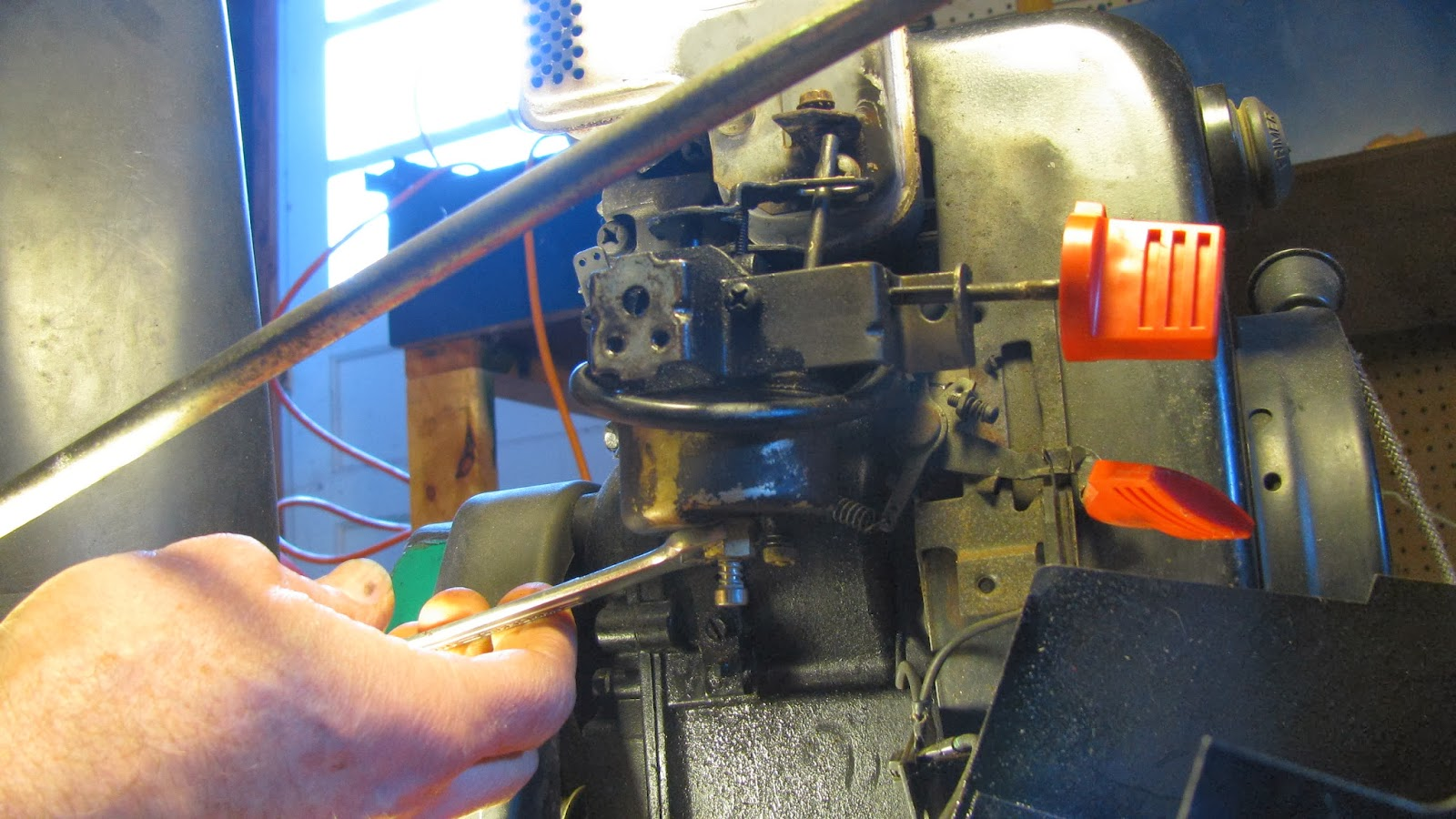 how to clean the carburetor on a powersmart snowblower
