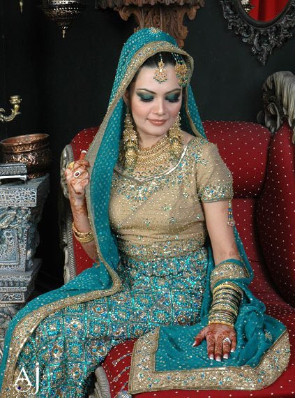 Bridal Makeup Different Cultures : Dulha and Dulhan PAKISTANI WEDDINGS PHOTOS AND VIDEOS