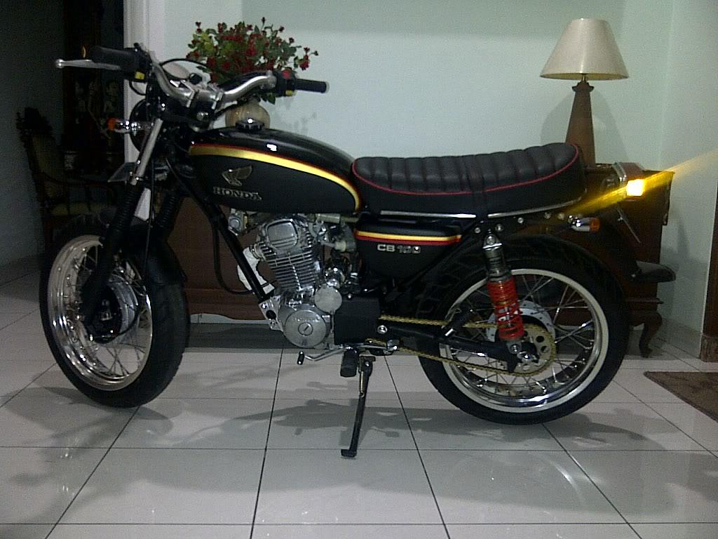 Custom Honda CB 100