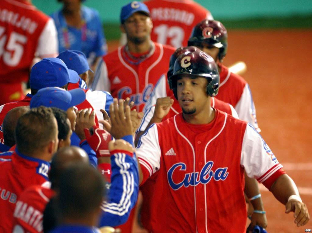 Dice tráfico de cubanos mueve millones dólares