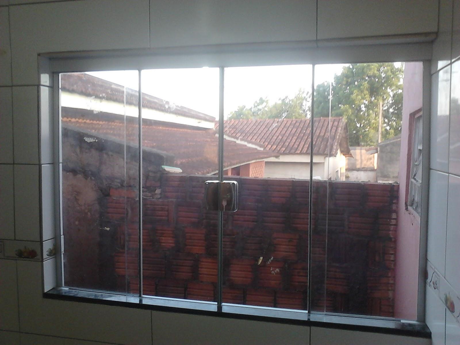 #7C714F Janelas de 1 00x2 00 e 1 00x1 50 ambas de 04 folhas no vidro incolor  200 Janelas De Vidro No Abc