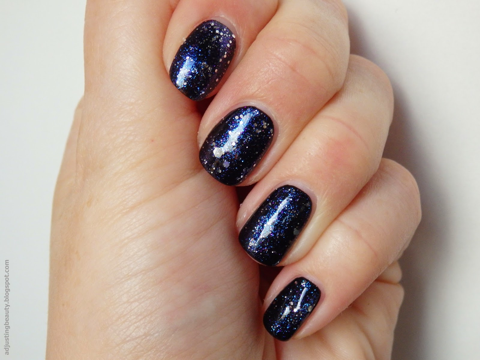 Review: Essence Effect nail polish Twinkling Bling Bling ...