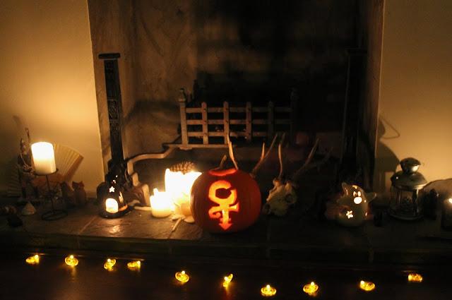 Prince Symbol Pumpkin