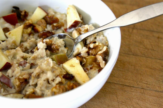 apple & walnut oatmeal