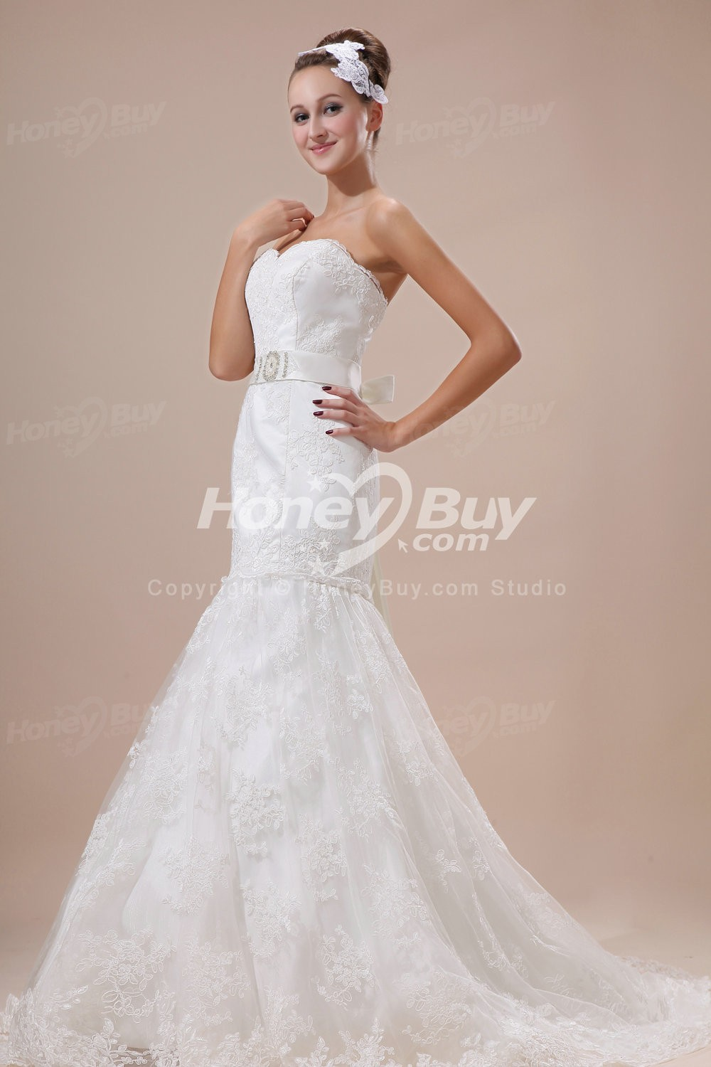 The wedding dress shape of explain the hairs for Trumpet style wedding dresses