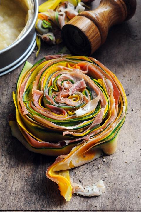 Quand l'envie d'une recette me prend… ben, elle me prend ! Tarte multicolore légumes et jambon d'Aoste !