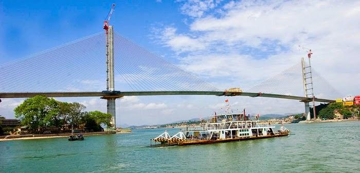 Cho thuê xe 16 chỗ đi Bãi Cháy trọn gói tại Hà Nội