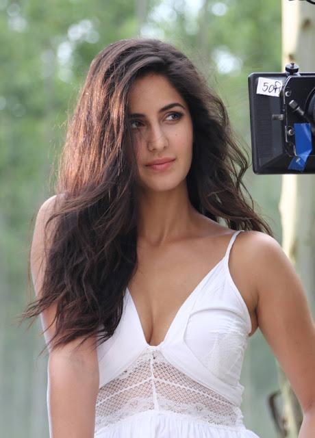 Bollywood Actres Katrina Kaif Spicy Pics