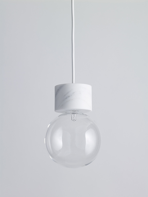 MARBLE LIGHT COLGADA