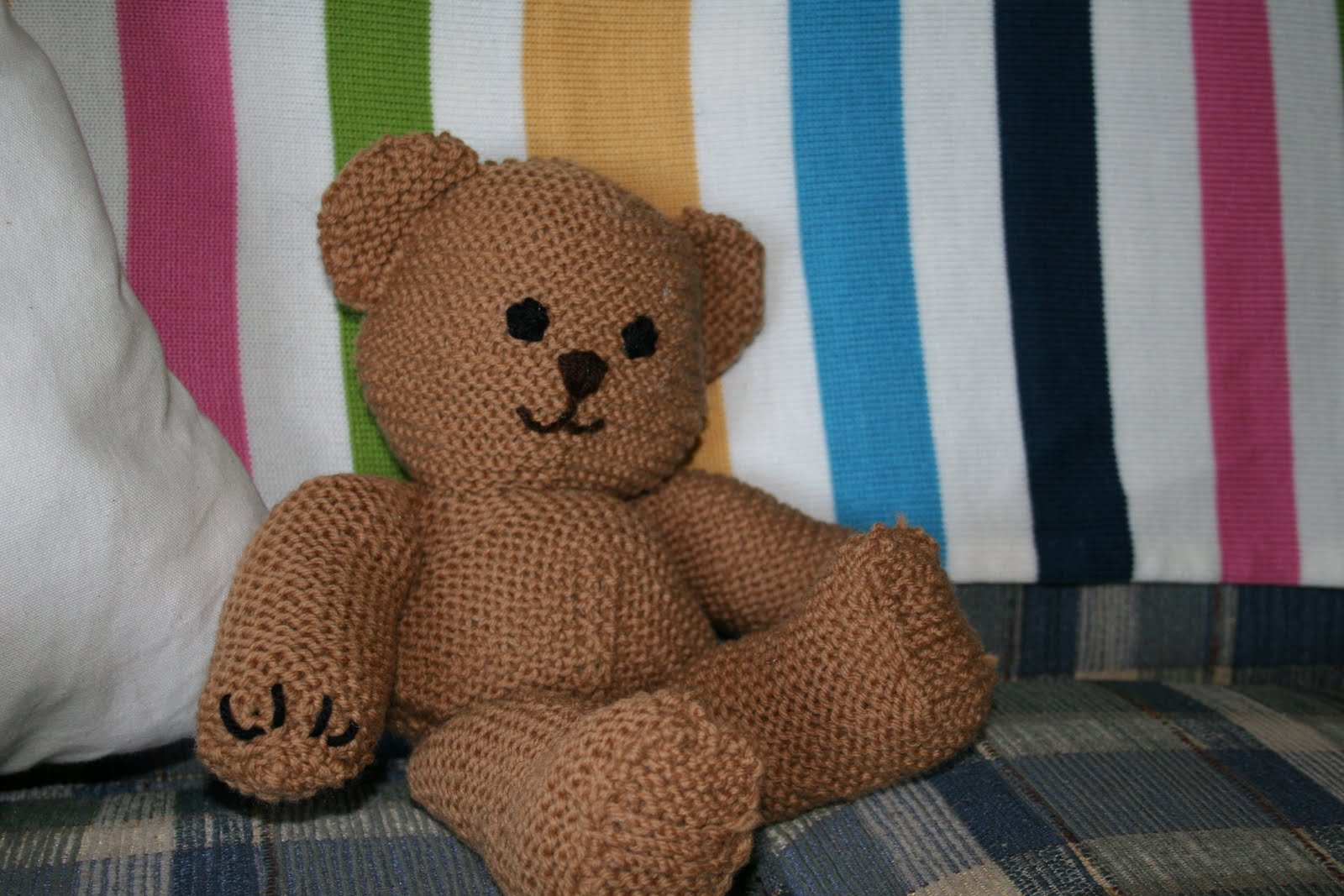joyful strength: knit teddy bear