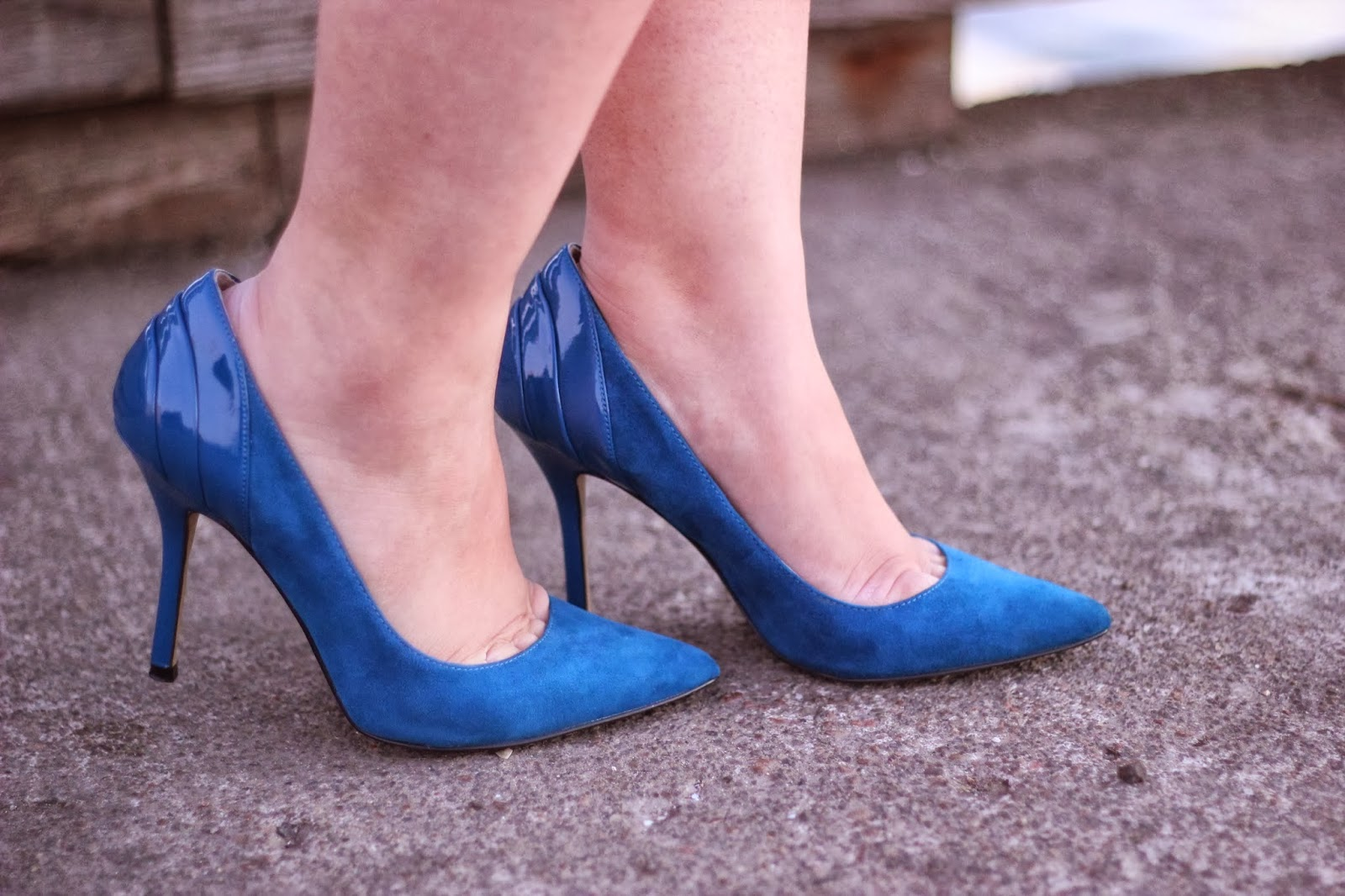 Enzo Angiolini Suede Blue Pumps