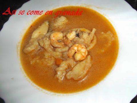 Sopa de Pescado Frito y Marisco