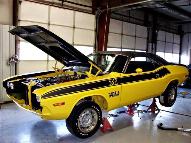 Muscle cars - www.phenomveiculos.com.br