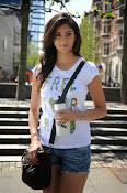 Tanvi Vyas Glamorous photos-thumbnail-14
