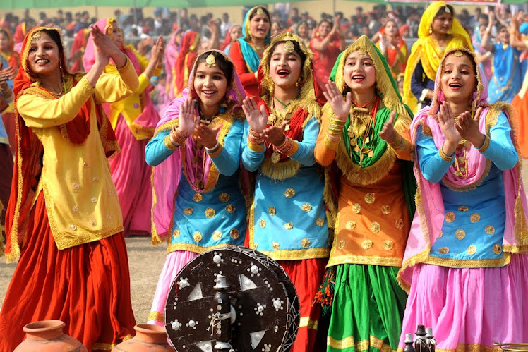 Gidda (Punjabi Dance)