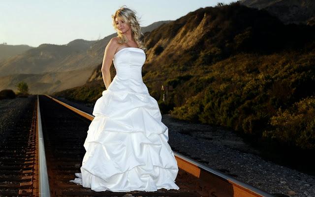 Mujer Vestido de Novia Blanco
