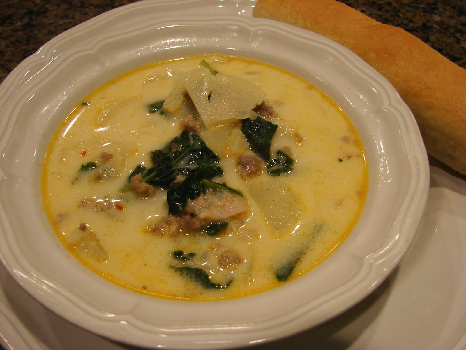 A Bear in the Kitchen: Zuppa Toscana