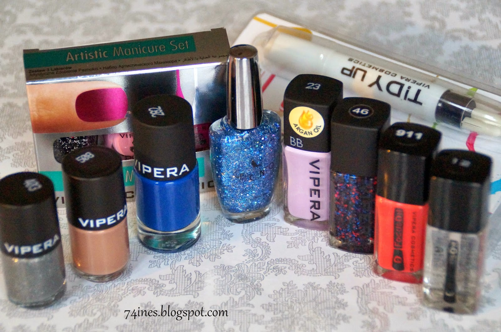 http://74ines.blogspot.com/2014/10/ambasadorski-zestaw-vipera-cosmetics.html
