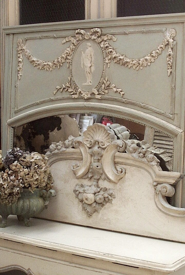 Atelier de campagne rococo late baroque just call it for French rococo style