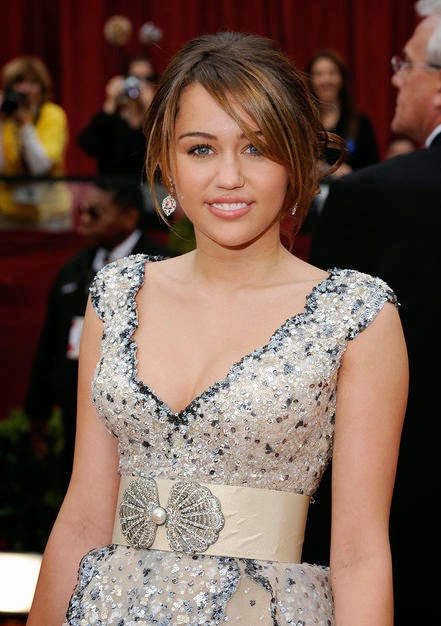 Miley Cyrus Updos Images & Pictures - Becuo