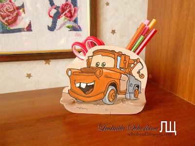Подставка для карандашей Метр. Для детей своими руками