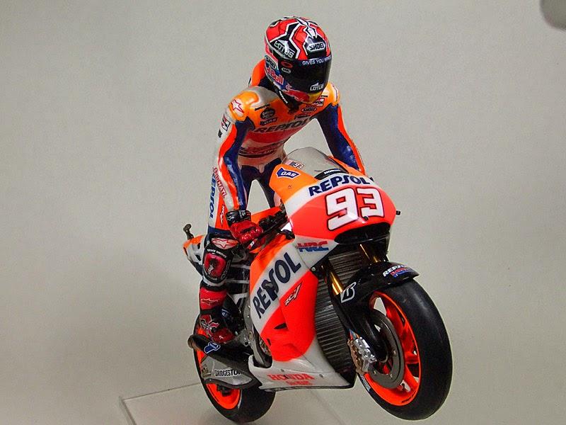 Marc Màrquez MotoGP 2014 Champion's Figure by CGM Model