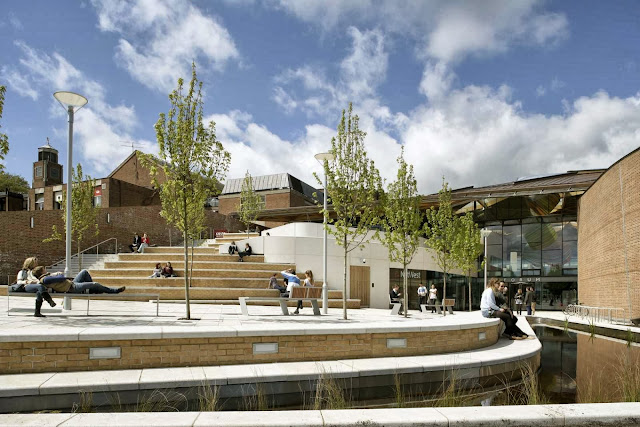 05-University-of-Exeter-Forum-by-Wilkinson-Eyre