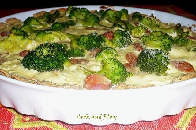Današnja preporuka: Pita s brokulom i kobasicama