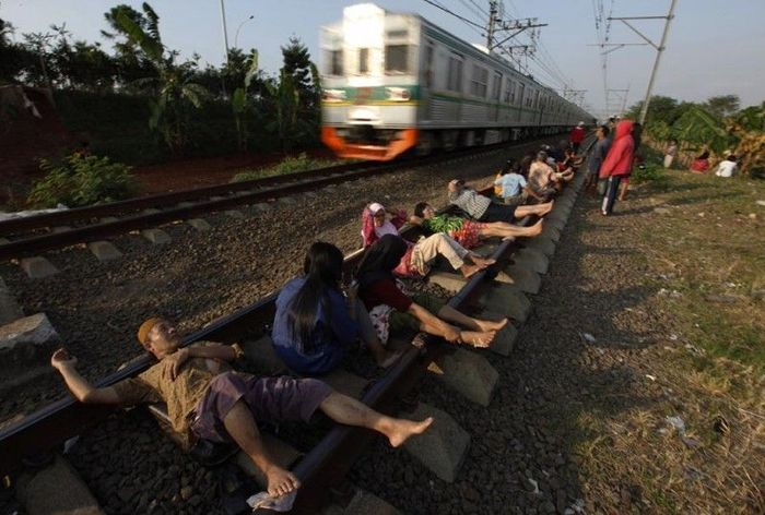 Railway Therapy Practiced in Indonesia