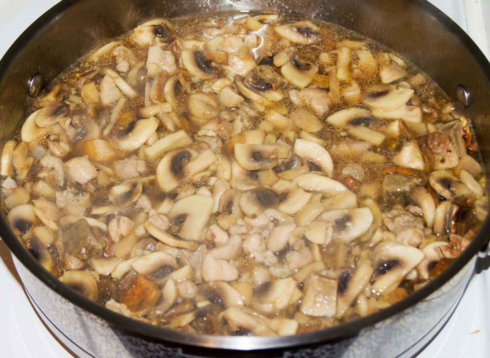 Жареные грибы с луком. Видео рецепт - Woman s Day 43