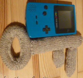 http://www.ravelry.com/patterns/library/stuffed-key-2