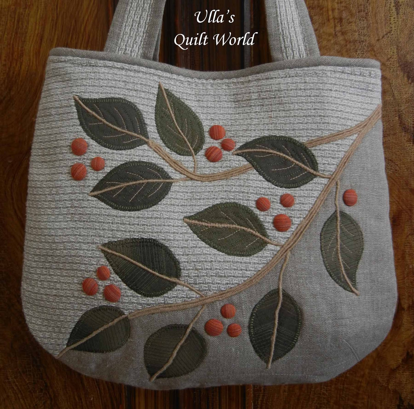 Quilting Patterns For Bags : Ulla s Quilt World: Quilt bag, leafs + PATTERN