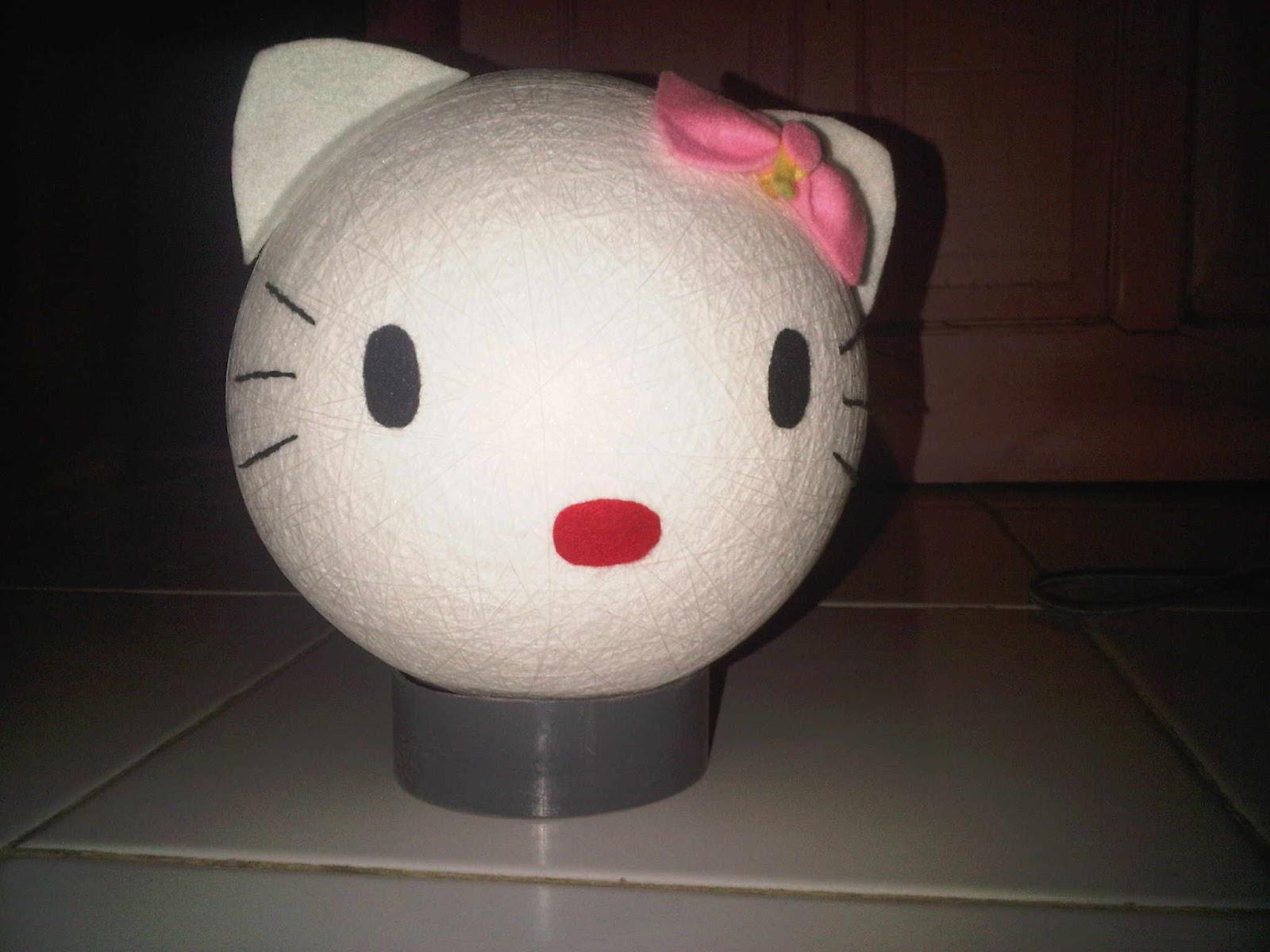 lampu hello kitty bahan menggunakan benang combed yang