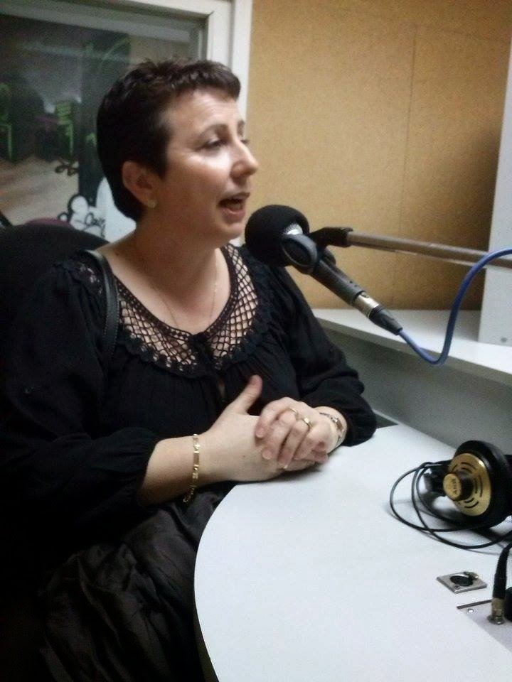 PROGRAMA DE RADIO RUBÍ AL DÍA