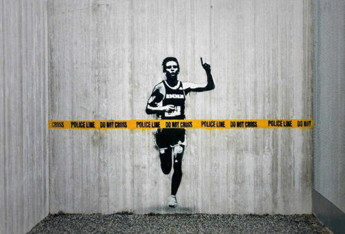 exemplos de arte urbana - Street Art - Police Line Do Not Cross