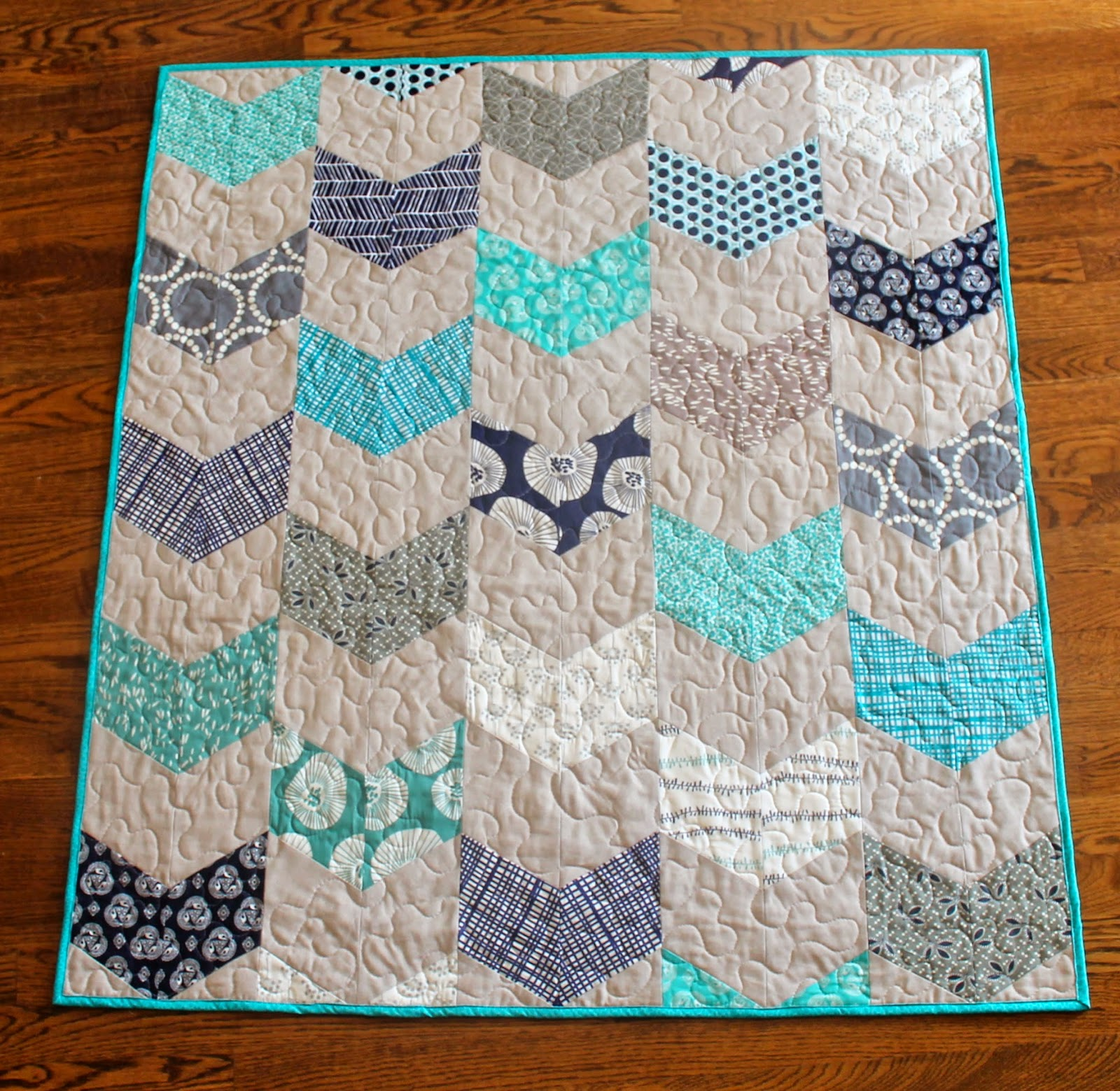 Jaybird Pattern Review - Giggles - Sew Sweetness : quick and easy baby quilts - Adamdwight.com