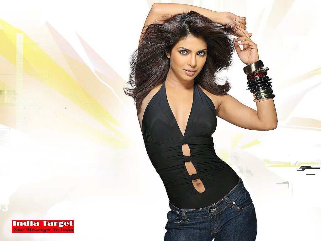 Priyanka Chopra1 - Priyanka Chopra Hot Wallpapers