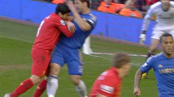 ivanovic-tries-to-fight-off-clean-1-778x437.jpg