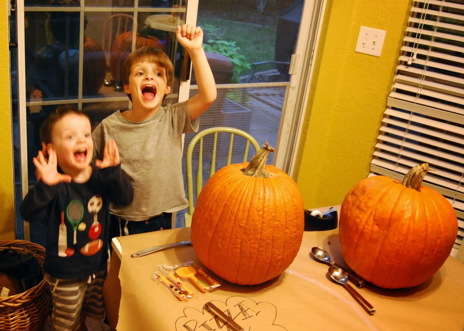 Momfessionals: Pizza and Pumpkins